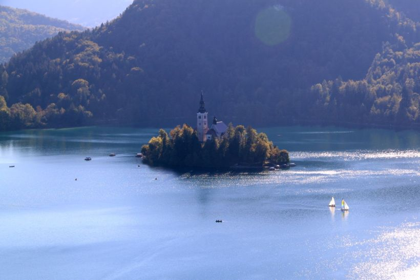 lakebled2