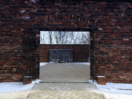 Gate to hell, Auschwitz
